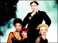 Alison Moyet and Chicago cast