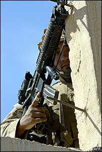 US soldier in Falluja combat zone, April 2004