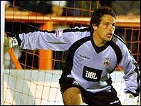 Goalkeeper David Forde