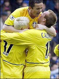 Leeds celebrate Stephen Caldwell's goal