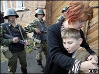 Российские солдаты в Беслане