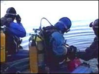 Image of divers