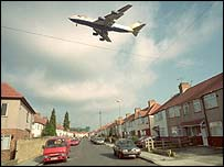 BA jet flying over homes near Heathrow, BBC
