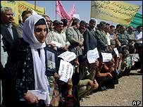 Kurds demonstrate in Halabja demanding justice for the 1988 gas attack, July 2004