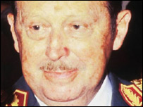 Alfredo Stroessner (file photo)