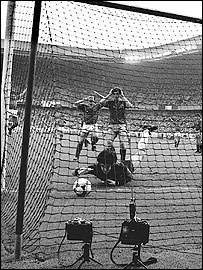 Luis Arconada fails to stop Michel Platini's free-kick in the 1984 European Championship final