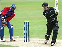 Nathan Astle hits a boundary