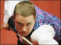 Stephen Hendry in action during his victory