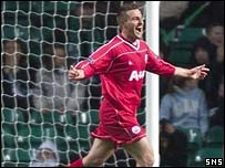 David Zdrilic celebrates his late winner