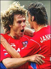 Czechs celebrate victory over Austria