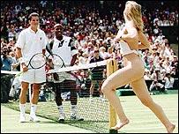 Melissa Johnson streaks at Wimbledon in 1996