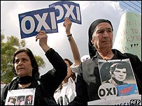 Greek Cypriots campaign for a no vote