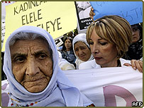 Turkish women protesting the proposed laws in Ankara