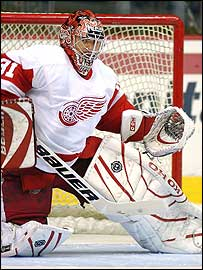 Curtis Joseph in action for the Red Wings