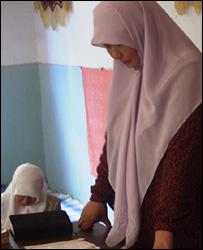 Jin Meihua, a female Imam