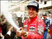 Ayrton Senna celebrando en M�naco, 1991