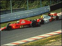 Ayrton Senna choca contra Alain Prost en la Gran Prix de Jap�n en 1990