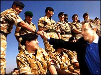 Mr Blair meets British troops