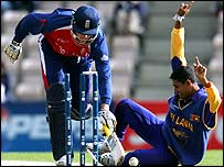 Marcus Trescothick is run out by by Tillekeratne Dilshan (right)