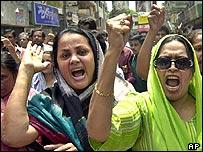 Opposition demonstrators in Dhaka
