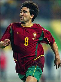 Porto's Portuguese international midfielder Deco