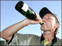 Bernhard Langer celebrates Europe's victory