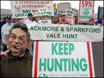 Hunt campaigners