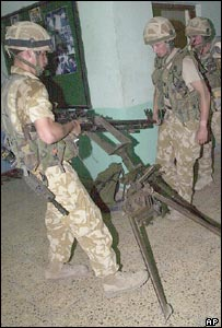 British troops uncover weapons in Moqtada Sadr's office