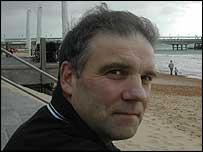 Roy Stowe