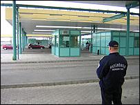 Roszke border crossing