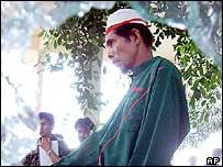 Arrested suspect Mama Matiyoh, in Yala. 29/04/04