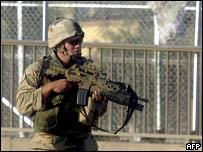 Soldado estadounidense en Bagdad