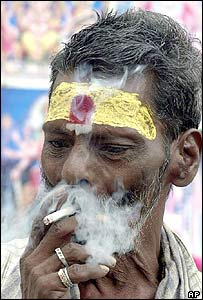 A smoker in Madras, India
