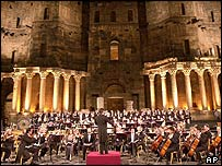 Riccardo Muti conducts at the Ravenna festival
