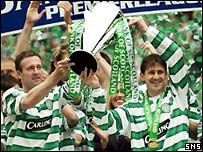 Celtic picked up the SPL trophy after the defeat by Dunfermline