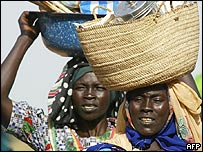 Sudanese women in the Krinding camp in the Darfur town of El-Geneina in Darfur