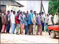 Ethiopian students gathering outside a police station in Kenya (Pic: UNHCR)