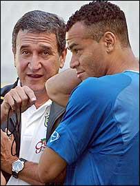 Brazil coach Carlos Alberto Parreira and right-back Cafu