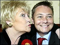Coronation Street's Liz Dawn backs Labour candidate Iain Wright