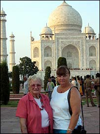 US tourists Jane (left) and Linda