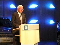 GM vice chairman Bob Lutz at the Paris Motor Show 2004