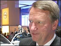 GM Chairman and Chief Executive Rick Wagoner at the Paris Motor Show 2004