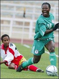 Nigeria 's Faith Ikidi (right) and Ethiopia 's Semira Kemal