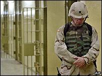 Soldado de EE.UU. en el penal