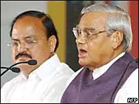 BJP president Venkaiah Naidu and Prime Minister AB Vajpayee