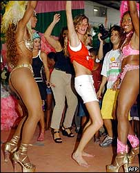 Gisele with carnival dancers