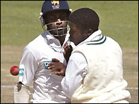 Jayasuriya collides with Matsikenyeri