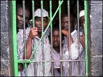 Заключенные в Кении