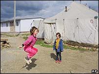 Niñas chechenas refugiadas en Ingushetia.
