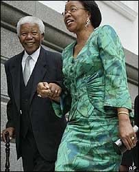 Nelson Mandela, with his wife Graca Machel